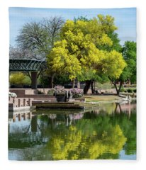 Yellow Reflection Fleece Blanket
