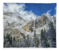 Yosemite Falls Winter Beauty Yosemite National Park Fleece Blanket
