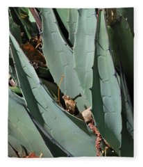 Yucca Leaves Fleece Blanket