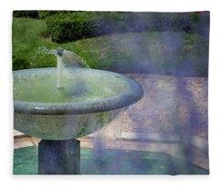 Castel Fountain Fleece Blanket