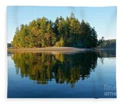 Eagle Island Fleece Blanket