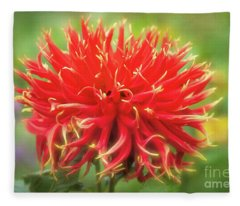 Glorious Sho-n-tell Dahlia Fleece Blanket