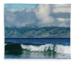 Maui Breakers Fleece Blanket