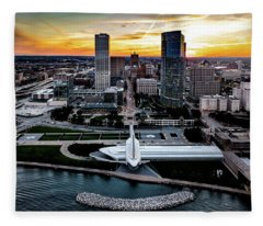 Milwaukee Sunset Fleece Blanket