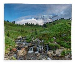 Rainier Revealed Fleece Blanket