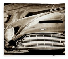 1965 Aston Martin Db6 Short Chassis Volante Grille-0970scl Fleece Blanket