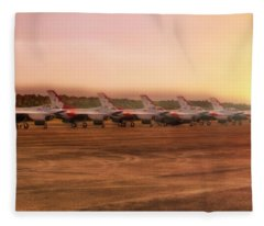 A Thunderbirds Sunrise - Air Force - F-16 Fleece Blanket