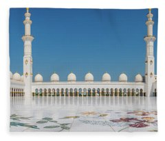 Abu Dhabi - Pano Fleece Blanket