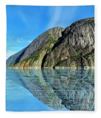 Alaska Rock Reflection Fleece Blanket