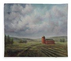 American Scene Red Barn  Fleece Blanket