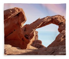 Arch Rock-valley Of Fire Fleece Blanket