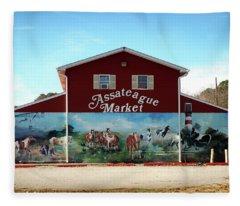 Fleece Blanket featuring the photograph Assateague Market by Bill Swartwout Fine Art Photography