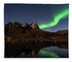 Aurora Reflexions Fleece Blanket