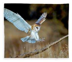 Barn Owl Landing Fleece Blanket