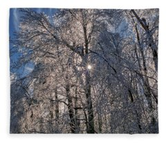 Bass Lake Trees Frozen Fleece Blanket