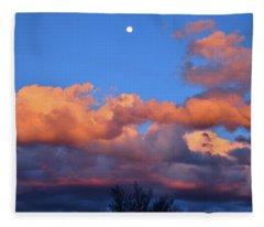 Beautiful Sunset Over Colorado Fleece Blanket