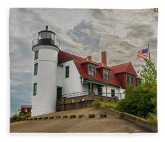 Bestie Point Lighthouse  Fleece Blanket