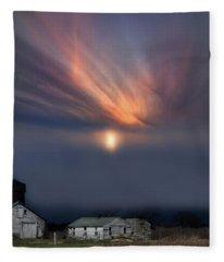 Big Sky Michigan White Farm Fleece Blanket