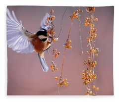 Bird Eating On The Fly Fleece Blanket