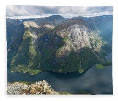 Breiskrednosie, Norway Fleece Blanket