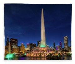 Buckingham Fountain - Six Fleece Blanket