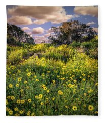 Chatsworth Wildflower Bloom Fleece Blanket