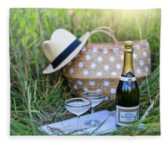 Chic Picnic Fleece Blanket