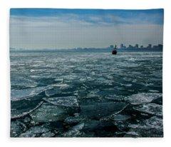 Chicago In Winter Fleece Blanket