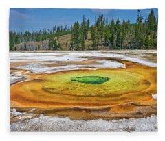 Chromatic Pool Fleece Blanket