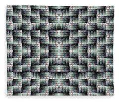 Chuarts Matiah Fleece Blanket