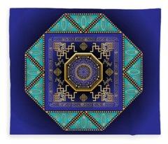 Circumplexical No 3555 Fleece Blanket