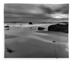Coastal Light Iv Fleece Blanket
