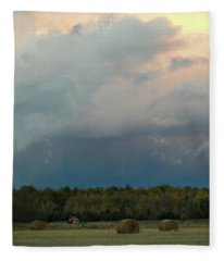 Colossak Country Clouds Fleece Blanket