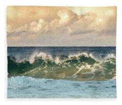 Crashing Waves And Cloudy Sky Fleece Blanket