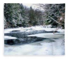 Cucumber Run In Winter Fleece Blanket