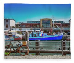 Cycle Or Sail Fleece Blanket