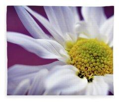 Daisy Mine Fleece Blanket