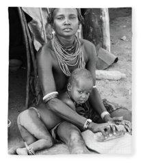 Dassanech Mother And Child Fleece Blanket