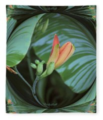 Daylily Twist Fleece Blanket