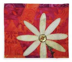 Delightful Daisy Fleece Blanket