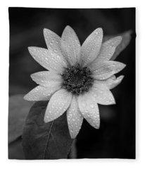 Dewdrops On A Sunflower Fleece Blanket
