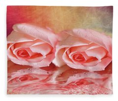 Double Reflection Fleece Blanket