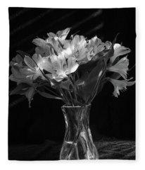 Dramatic Flowers-bw Fleece Blanket