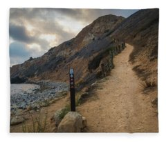 Dramatic Tovemore Trail Fleece Blanket