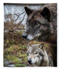 Dual Wolves Fleece Blanket