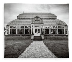 Fleece Blanket featuring the photograph Duke Farms Conservatory by Steve Stanger