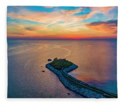 Dusk At The Knob Fleece Blanket
