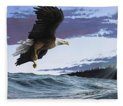 Eagle In Flight Fleece Blanket