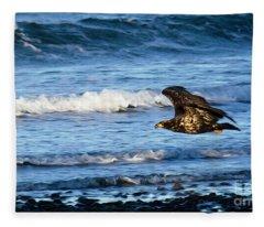 Eagle On The Hunt Fleece Blanket