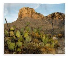 El Capitan With Cactus Fleece Blanket
